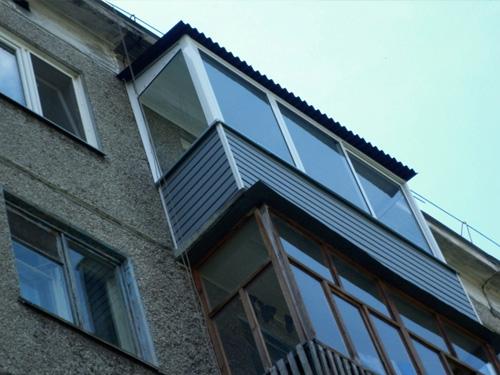 Фото холодного остекления балкона в 5 этажном доме