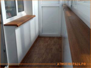 Утепленный балкон под ключ, отделка стены, линолеум на полу